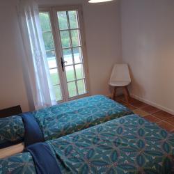 Second bedroom at the side of the swimmingpool